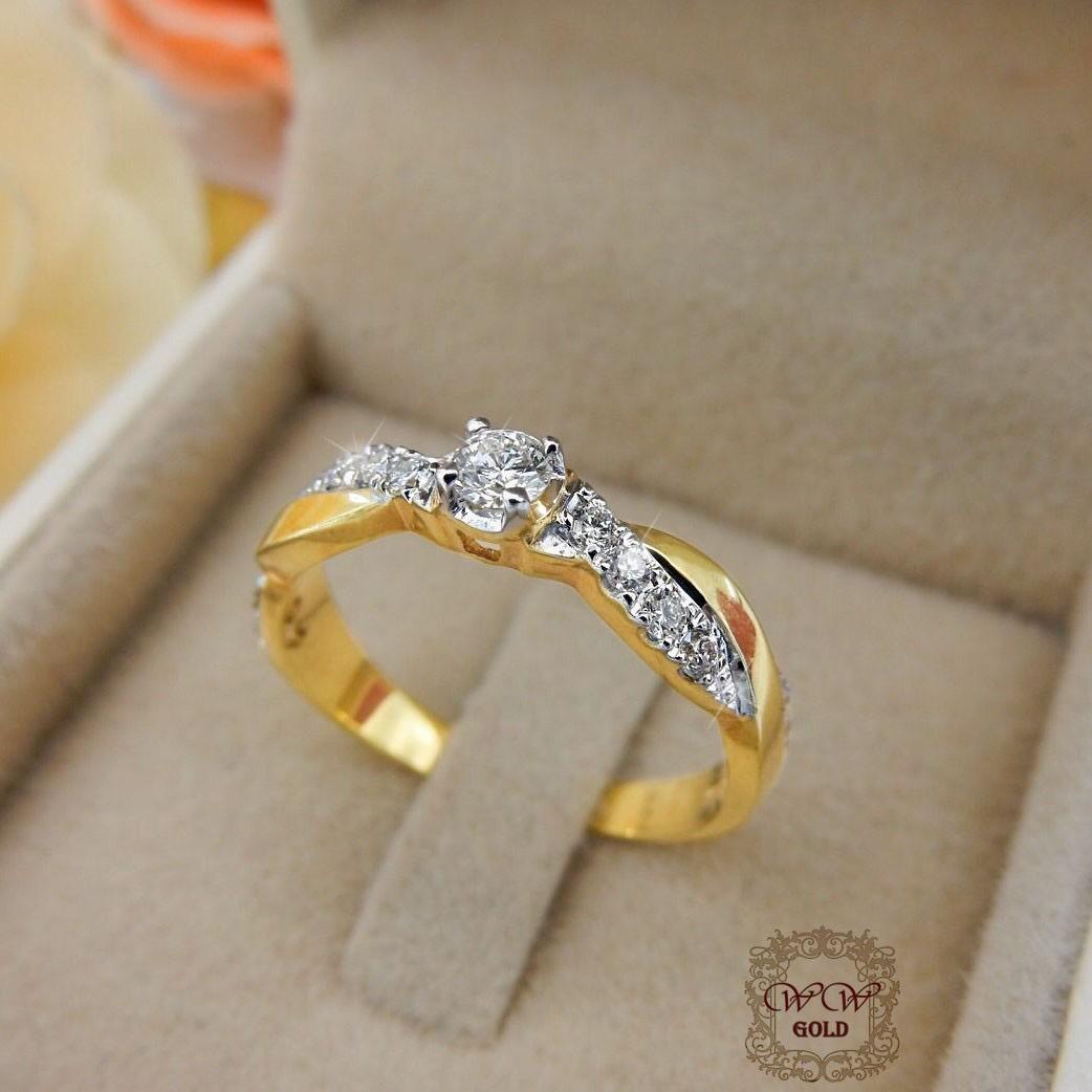 แหวนเพชรเบลเยี่ยมก้านไขว้ เพชรกลาง 10 สต