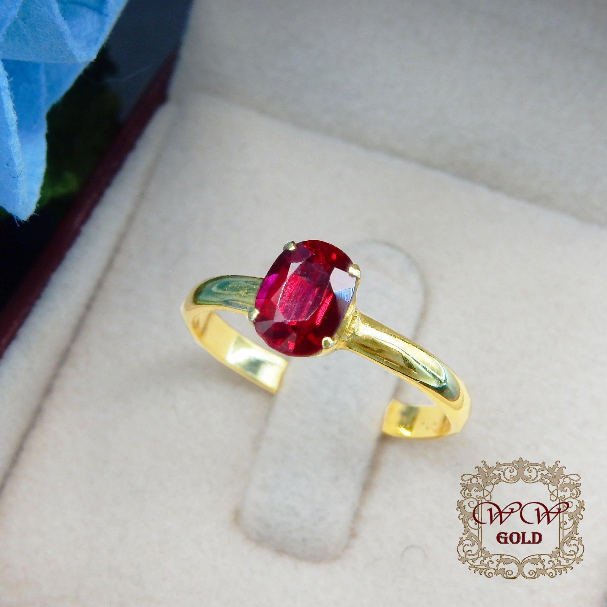 แหวนพลอยสีแดง