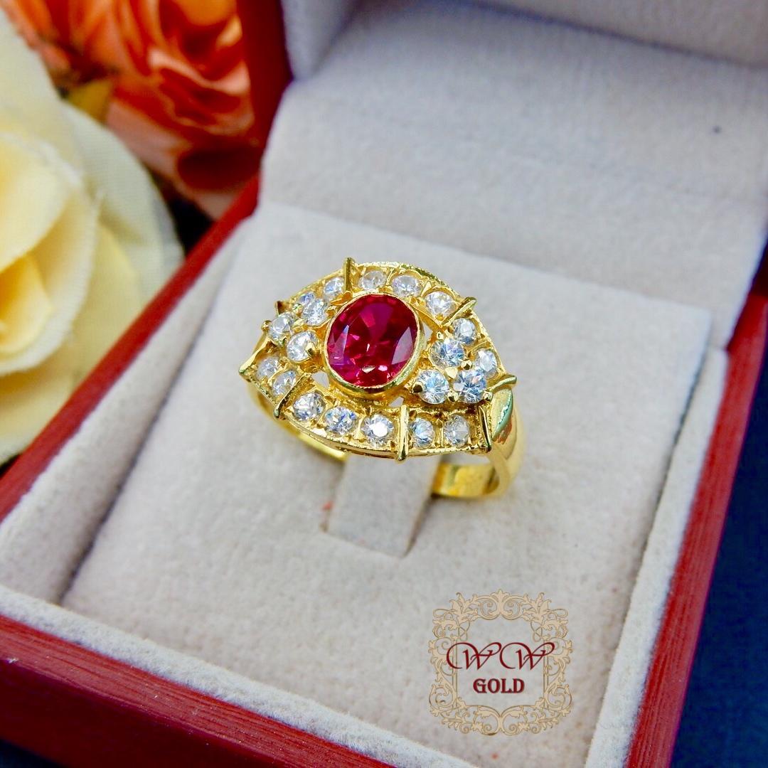 แหวนพลอยสีแดง + เพชรสวิส (cz)