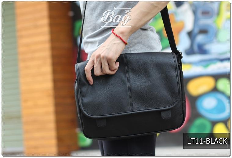 กระเป๋าสะพายข้าง หนัง PU สีดำ | LT11