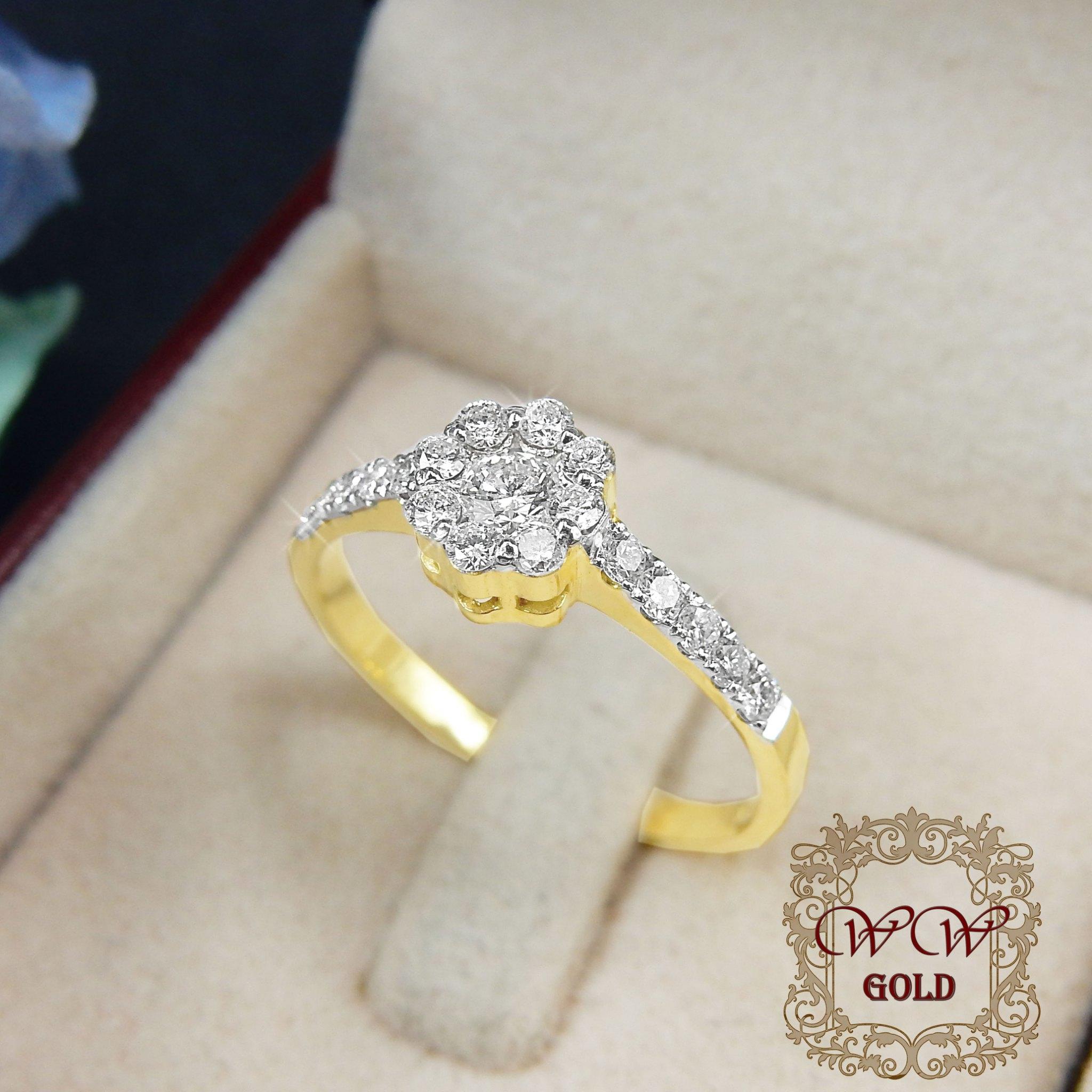 แหวนเพชรดีไซน์ดอกไม้ก้านเพชรเรียง