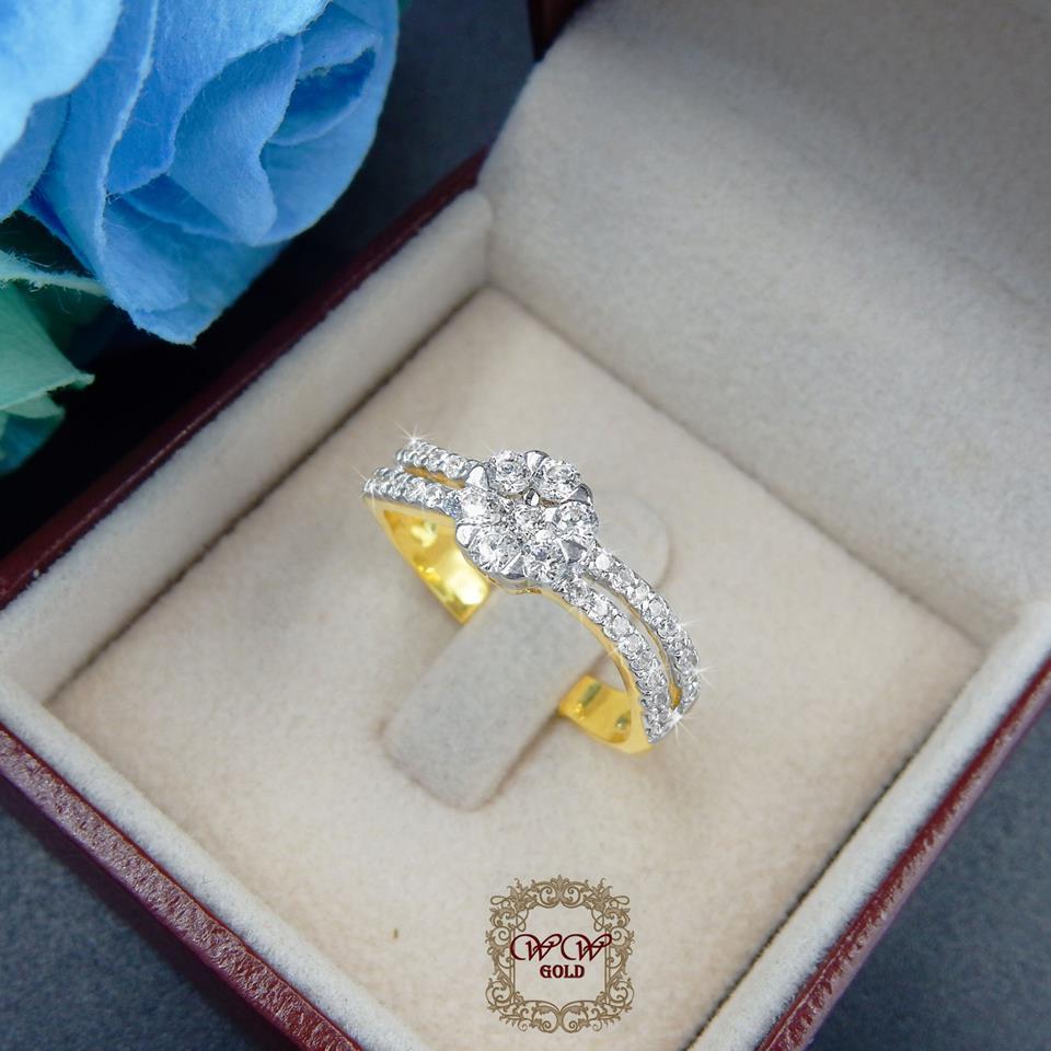แหวนดีไซน์เพชรประกบสวยระยิบ (เพชรสวิส cz)