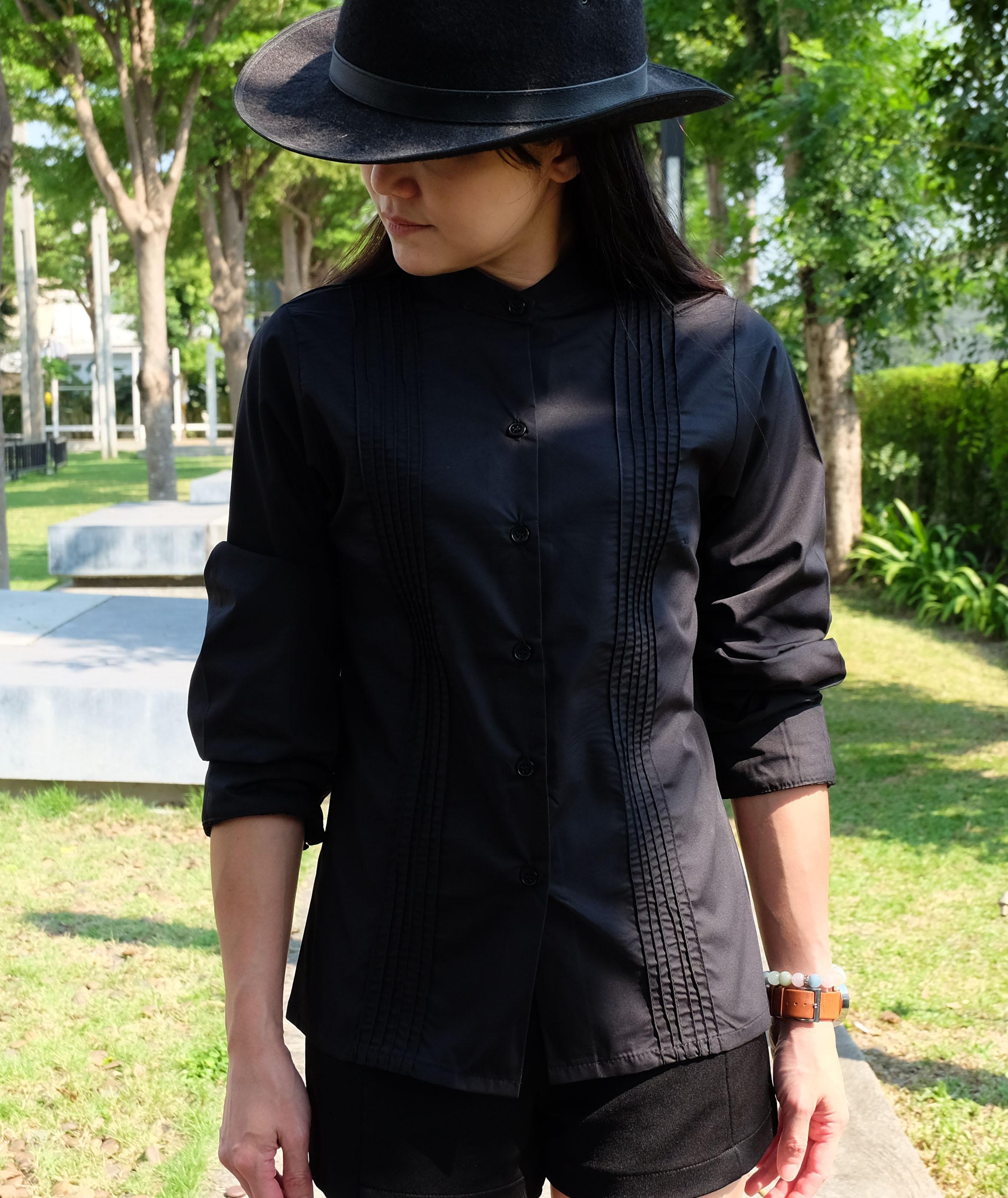 เสื้อเชิ้ตคอตั้ง ตีเกล็ด แขนยาว สีดำ Size M