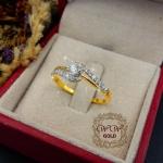 แหวนเพชรก้านโค้งทองสลับเพชร