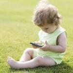 ปล่อยให้เด็กๆ ติดแท็ปเล็ต อันตรายต่อพัฒนาการและการเรียนรู้