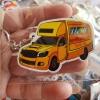 พวงกุญแจรถรถเหลืองแม็กเน็ตไม้