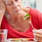 ปัญหาอาการเบื่ออาหารในผู้สูงอายุ