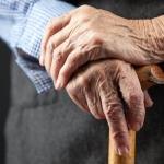 8 สาเหตุสำคัญของปัญหาอ่อนเพลีย เบื่ออาหารในผู้สูงอายุ